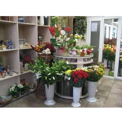 мебель для магазина или кафе в Калининграде