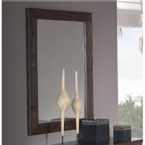 Большое зеркало в раме из бамбука Legan в Калининграде.