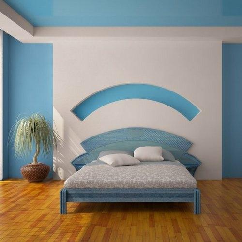 Кровать в номер в Калининграде